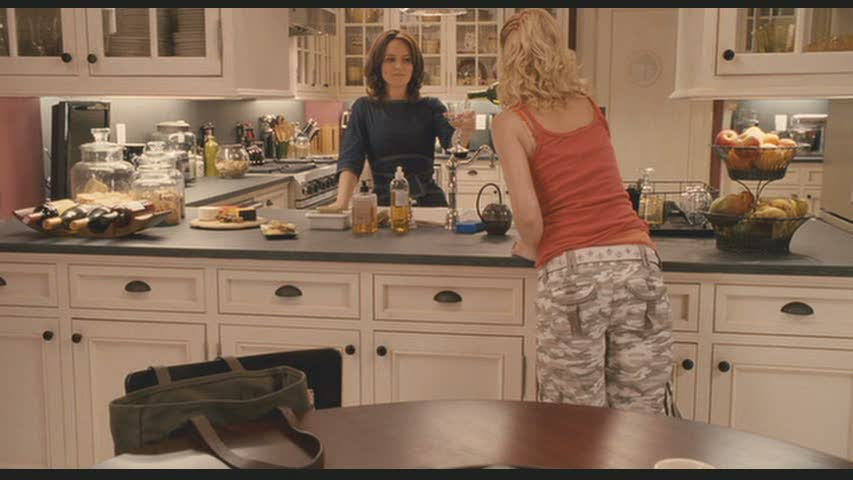 Famous kitchens get the look baby mama movie homes for Mama s italian kitchen